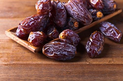 dates-min